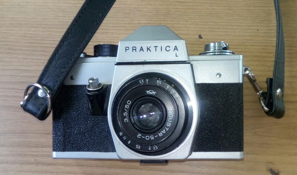 Praktica l slr mm camera with tessar carl zeiss jena ddr mm f